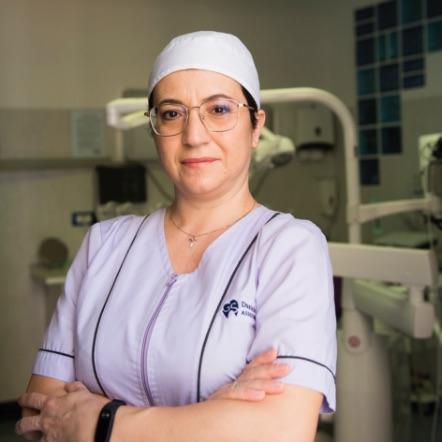 Daniela De Luca | Studio dentistico Spinosa | Dentista a Gaeta