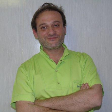 Dott. Gianluca Del Vecchio | Studio dentistico Spinosa | Dentista a Gaeta