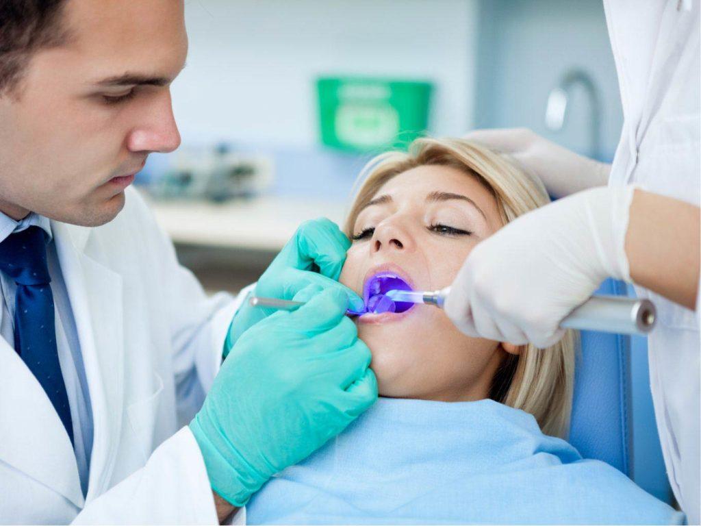 sbiancamento dentale 3 | Faccette dentali Gaeta | Studio dentistico Spinosa | Dentista a Gaeta
